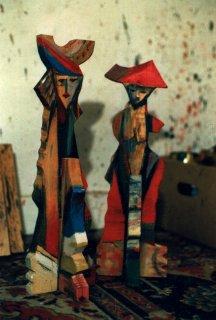 Holzfigur-bemalt1.jpg